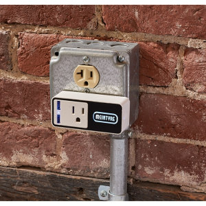 Light Up Logo Wifi Smart Plug with USB Output